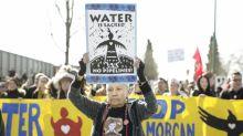 Oléoduc controversé: le Canada discute finances avec Kinder Morgan