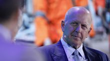 Goldman Chief to Attend Apple Services Event Ahead of Joint Credit Card