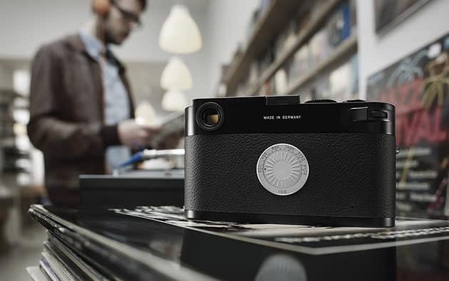 回到无屏幕时代的纪念机化身 Leica M-D,要让更多人找回摄影初衷