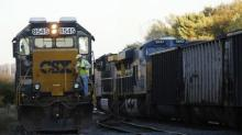 Rail operator CSX reduces locomotives in maintenance program