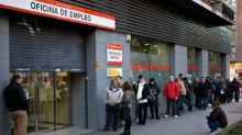 Spain's jobless rate rises for first time in two years