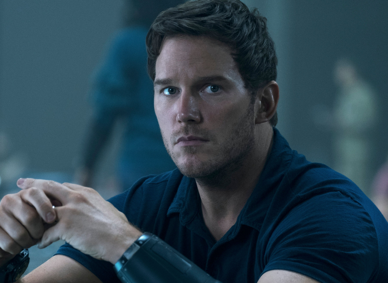The Tomorrow War' Teaser Trailer: Chris Pratt Gives Amazon Its $200 Million  Summer Tentpole