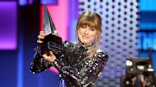 Taylor Swift breaks Whitney Houston's American Music Awards record