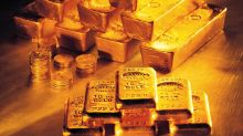 Hedge Funds Exit Gold Amid Strong Dollar, Lack Of Fear