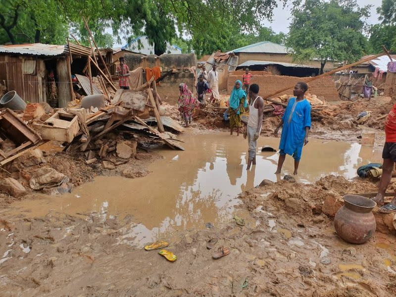 Nigeria reels from twin crises that threaten food availability - Yahoo! Voices