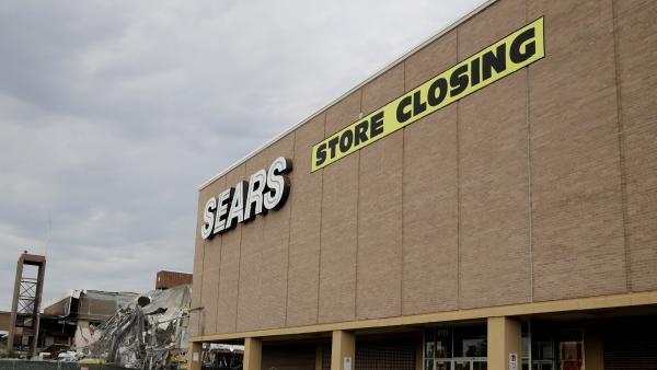 1c756c3ace7ae Which Sears Stores Are Closing? Here's the Full List as Sears Files for  Bankruptcy