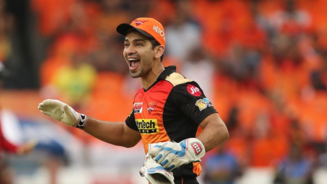 5 best catches by wicket-keepers in IPL history