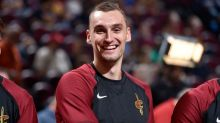 J.R. Smith says Sam Dekker only teammate he disliked: 'Talking some Trump s—'