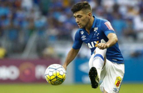 Decisivo em clássico, Arrascaeta é elogiado por técnico do Cruzeiro