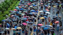 En Hong Kong, las divisiones crecen al ritmo de las marchas