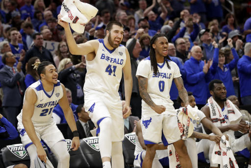 Buffalo basketball team gets probation for forged documents