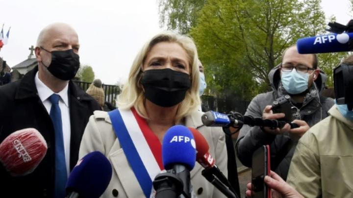 Régionales: première passe d'armes Le Pen/Dupond-Moretti dans le Pas-de-Calais