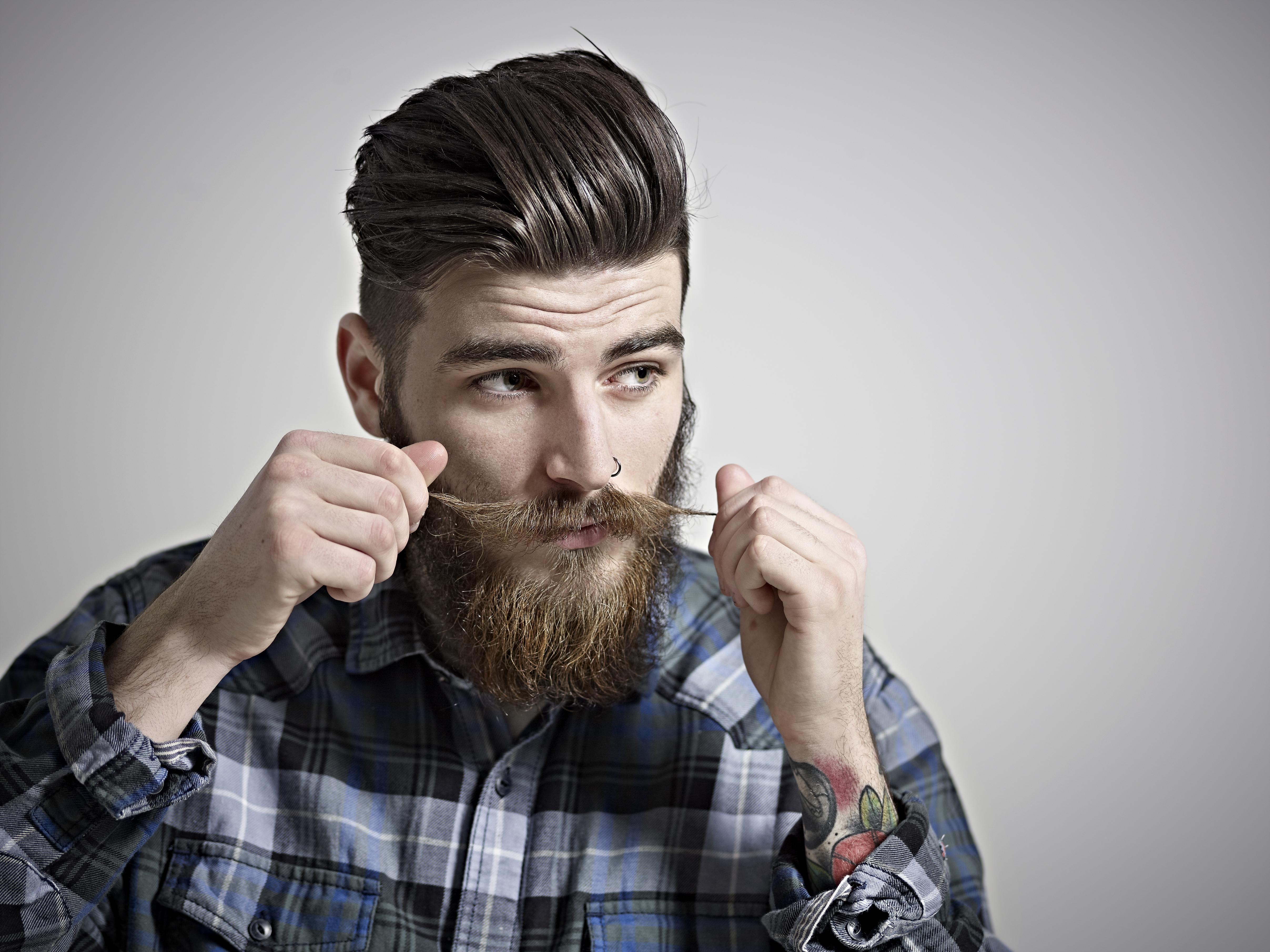 The hipster facial hair style — img 15