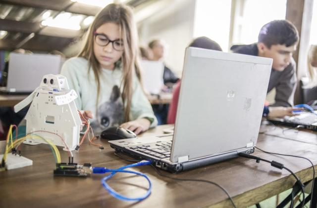 Girl Scouts launches computer science program to encourage STEM careers