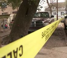 5 shot and 3 killed after homeowner opens fire on suspects in east Houston