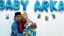 Reaksi Menggemaskan Bayi Arka Saat Ridwan Kamil Pamit Kerja