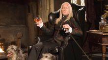 """Jason Isaacs, o Lucius de Harry Potter, diz que viveu """"caso de amor"""" com as drogas"""