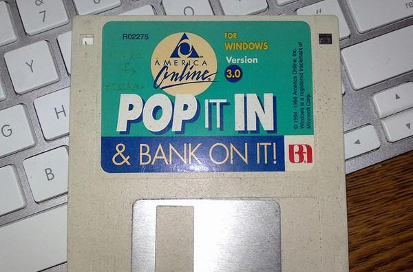 Writer breaks down floppy drive history in detail, recalls the good sectors and the bad