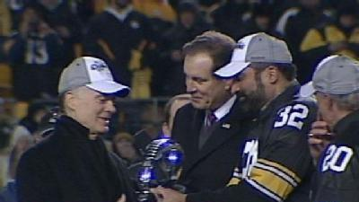 Franco Harris, Rocky Bleier Hand AFC Trophy To Steelers' Owner
