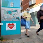 More English cities face tightest COVID lockdown rules