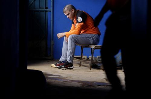 Cuba: Team boots 2 pitchers after defection bids