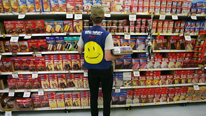 Walmart CEO: Retail wages will go up as the job evolves