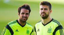 """L'aneddoto di Fabregas su Piqué: """"Bucò le gomme della macchina del nostro portiere"""""""