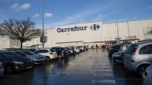 Casino Says It Rejected Offer That Carrefour Denies Making
