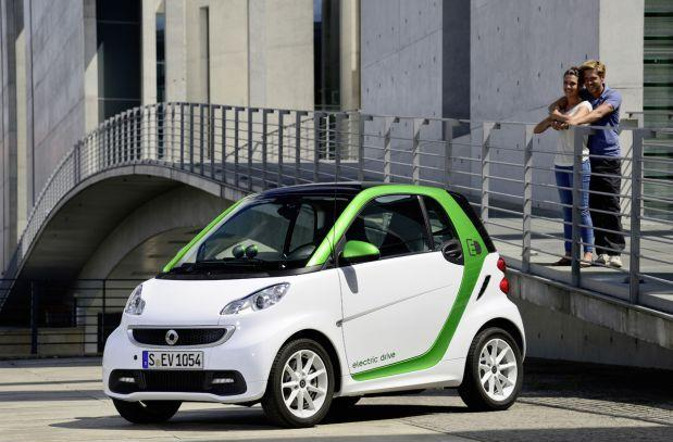 Smart's Fortwo ED leasing for $139/ month, battery rental included