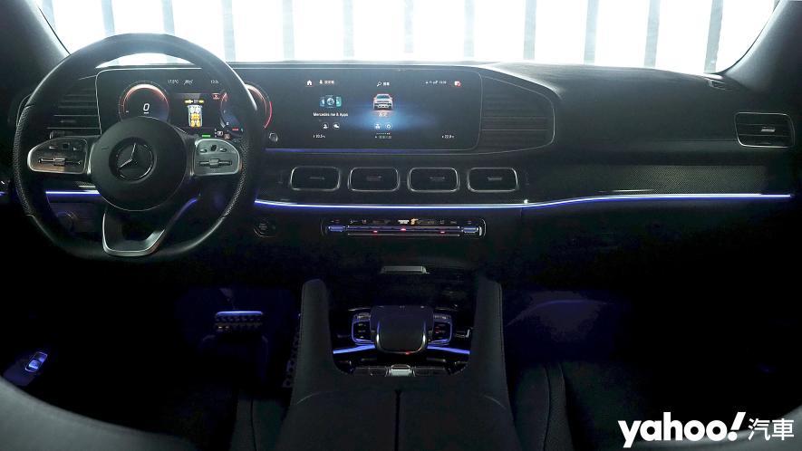 大而得當!2021 Mercedes-Benz GLS 450 4MATIC雨季試駕 - 16