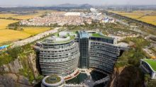 This place is the pits: China opens luxury hotel in quarry