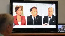 """Interview d'Emmanuel Macron: la gauche déplore """"du bla bla"""", la droite décrit un président """"sans perspective ni vision"""""""