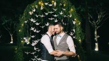 'Uma alegria saber que ele encontrou um parceiro', diz pai sobre casamento do filho gay