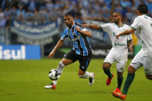 Com Maicon relacionado, Grêmio encerra a preparação para o duelo contra o Iquique-CHI