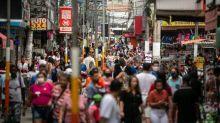 Brasil chega a 4 milhões de infectados, aponta consórcio de veículos de imprensa no boletim das 20h
