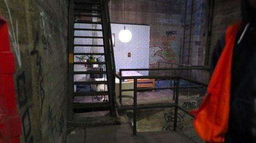 There's a Bedroom Hidden in a Berlin Subway Tunnel, and No One Knows Where It Came From