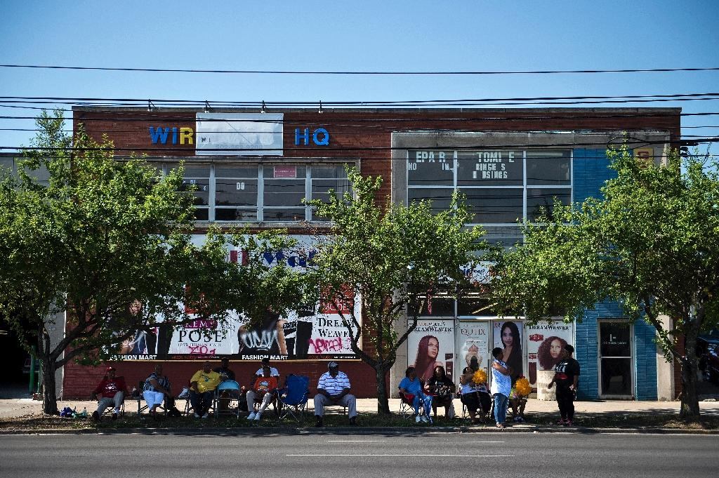 A street scene from Louisville in 2016: some residents of the US city have been critical of the investigation into the fatal shooting of two black shoppers at a grocery store