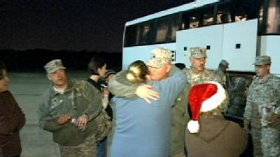 Soldiers Come Home For Christmas