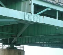 Shipping delays feared across US as crack shutters vital Memphis bridge. What to know