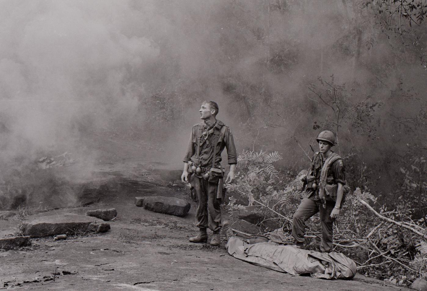 a description of the direct us military participation in the vietnam war How were soldiers recruited in wwii and vietnam war for the vietnam war in the us it was mostly a draft how many us military personnel are.