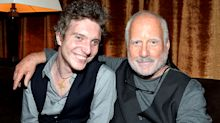 Richard Dreyfuss's exchanges with his son make Twitter worth it