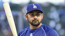 Reports: Adrian Gonzalez to sign with Mets, pending physical