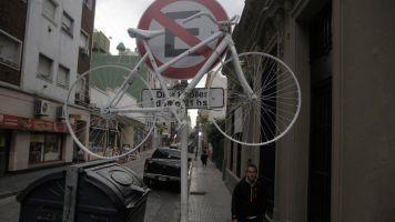 Ciclistas reclamaron mayor seguridad vial luego de tres muertes en apenas un mes