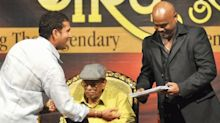 Tendulkar and Kambli back together as Little Master starts academy