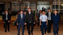 Sargento da comitiva de Bolsonaro preso com cocaína era 'mula qualificada', diz Mourão