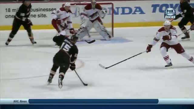 Ryan Getzlaf scores with big blast