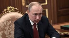 Despite shake-up, Putin rejects idea of Soviet-style leaders for life