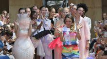 Berlin Fashion Week: Marina Hoermanseder trägt Lady-Gaga-Shirt - aus gutem Grund