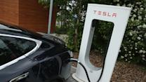 Tesla owners criticize long lines at charging stations: report