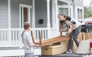 6 ways to cut down on moving expenses